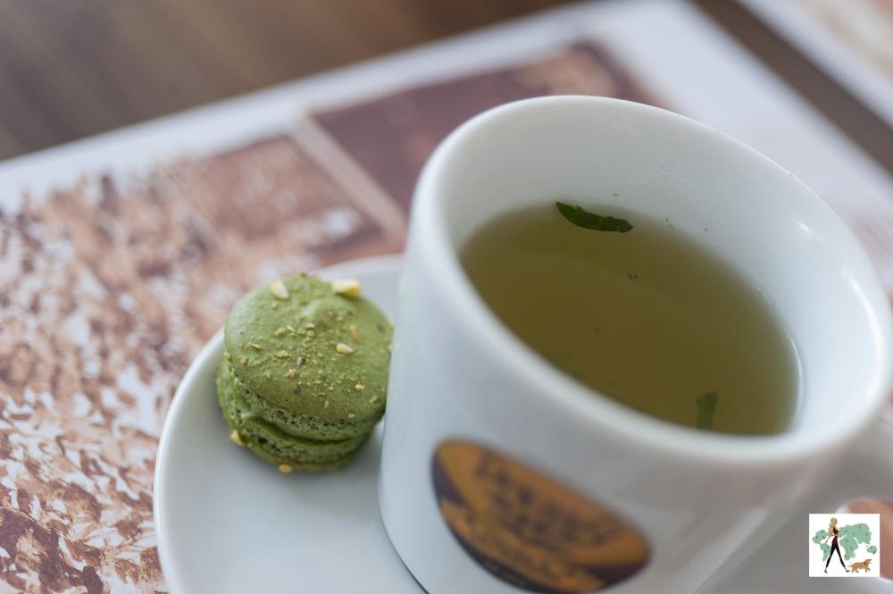 chá e macaron