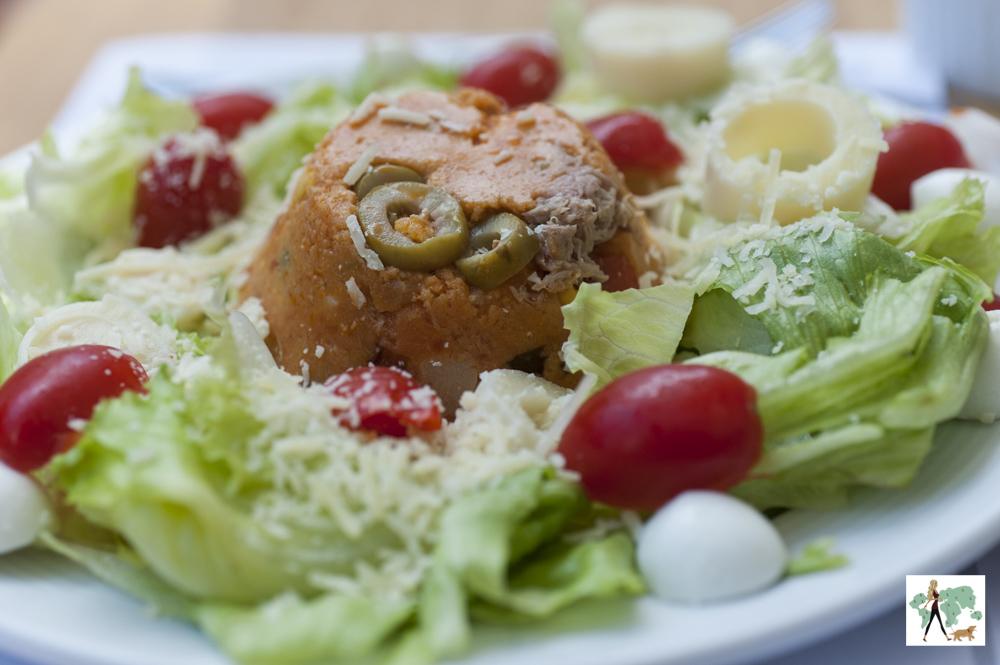 salada com cuscus do restaurante Fritos e Assados
