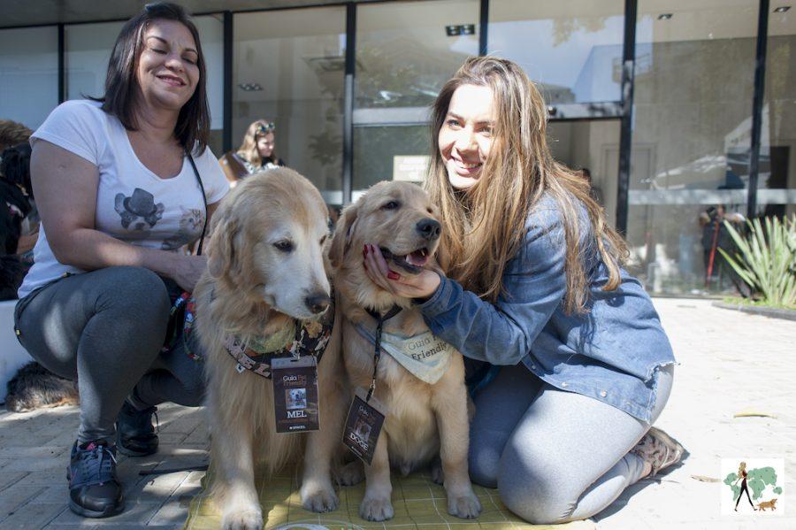 mulheres e cachorros em evento do Guia Pet Friendly
